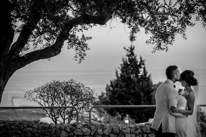 Tutta la bellezza del matrimonio sul mare e la poesia del Gibò.